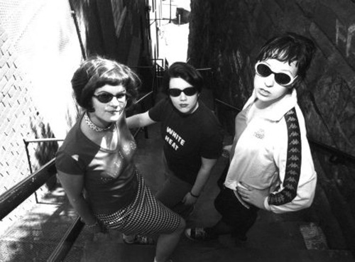 BRATMOBILE, Alison Wolfe, Erin Smith, Molly Neuman, band